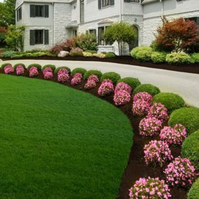 Newest Front Yard Landscaping Design Ideas To Try Now 47