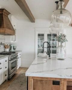 Unusual White Kitchen Design Ideas To Try 19