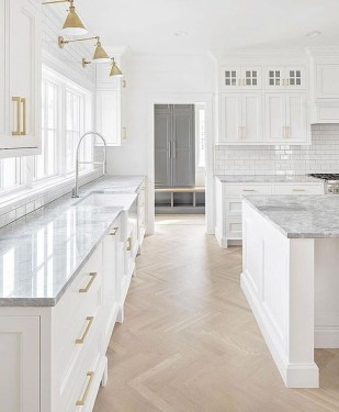Unusual White Kitchen Design Ideas To Try 32