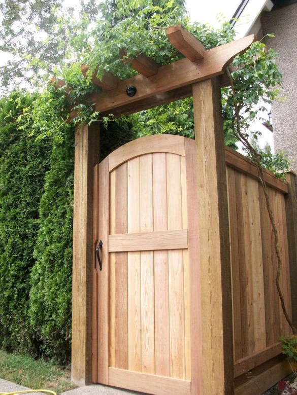 Dreamy Bamboo Fence Ideas For Small Houses To Try 34