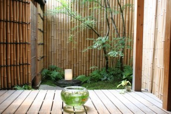 Dreamy Bamboo Fence Ideas For Small Houses To Try 47