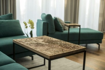 Impressive Home Furniture Ideas With Resin Wood Table 05
