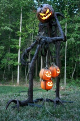 Newest Diy Outdoor Halloween Decor Ideas That Very Scary 14