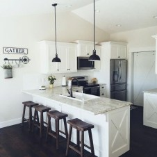 Trendy Fixer Upper Farmhouse Kitchen Design Ideas 08
