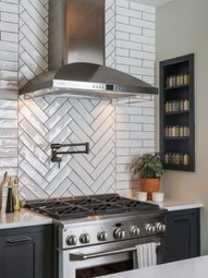 Trendy Fixer Upper Farmhouse Kitchen Design Ideas 26