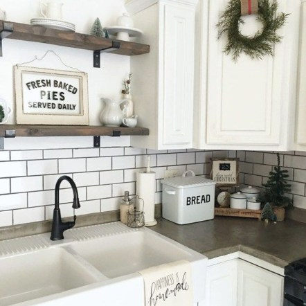 Trendy Fixer Upper Farmhouse Kitchen Design Ideas 39