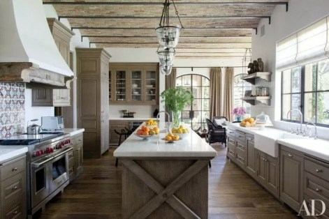 Trendy Fixer Upper Farmhouse Kitchen Design Ideas 44