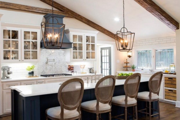 Trendy Fixer Upper Farmhouse Kitchen Design Ideas 53