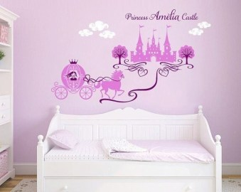 Adorable Disney Room Design Ideas For Your Childrens Room 41