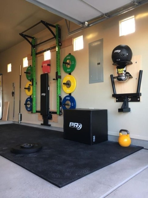 Astonishing Home Gym Room Design Ideas For Your Family 11