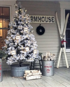 Best Christmas Home Decor Ideas To Try Asap 43