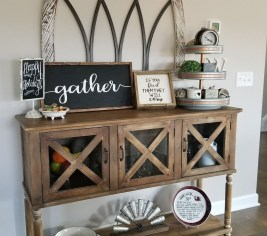 Awesome Dining Room Buffet Table Décor Ideas20