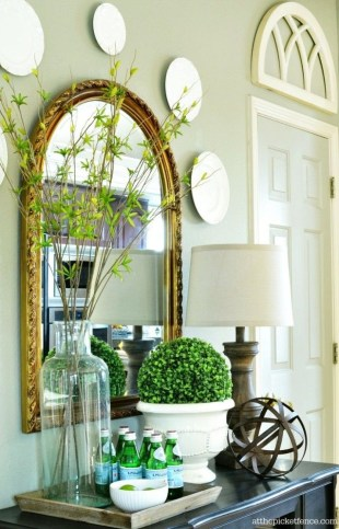 Awesome Dining Room Buffet Table Décor Ideas39