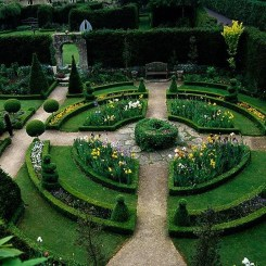 Best Ideas For Formal Garden Design11