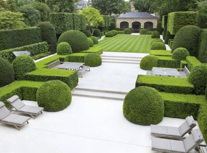 Best Ideas For Formal Garden Design17