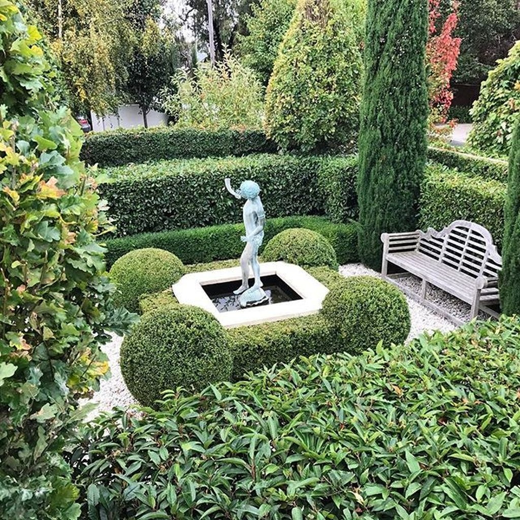 Best Ideas For Formal Garden Design33