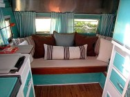 Adorable Vintage Travel Trailers Remodel Ideas31