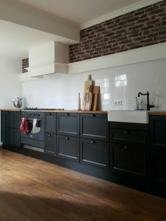 Best Ideas For Black Cabinets In Kitchen19