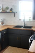 Best Ideas For Black Cabinets In Kitchen33