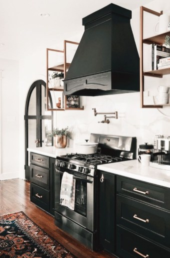 Best Ideas For Black Cabinets In Kitchen50