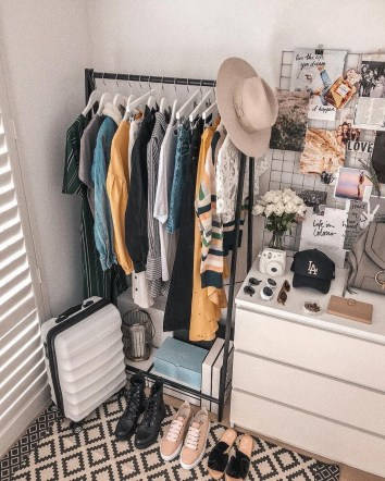 Efficient Dorm Room Organization Ideas That Inspire07