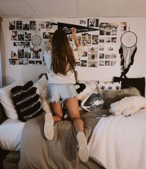 Efficient Dorm Room Organization Ideas That Inspire27