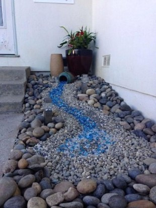 Cool Front Yard Rock Garden Ideas06