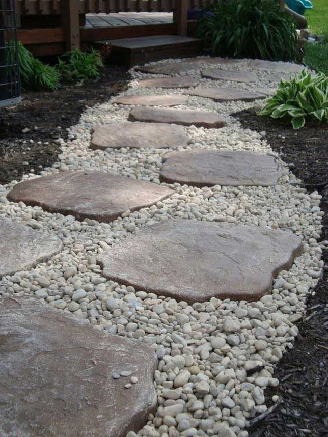 Cool Front Yard Rock Garden Ideas13