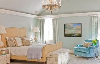 Fascinating Flying Crown Molding Ideas16