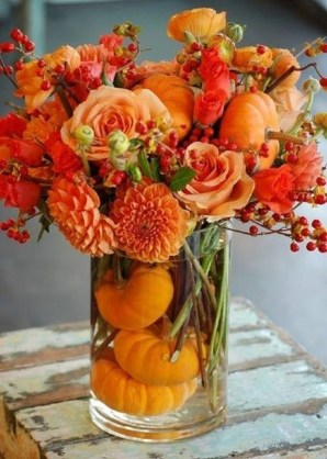 Lovely White And Orange Pumpkin Centerpieces For Fall And Halloween Table32