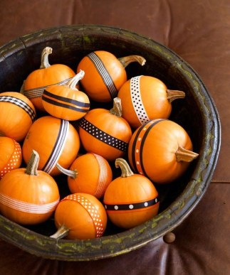 Lovely White And Orange Pumpkin Centerpieces For Fall And Halloween Table38