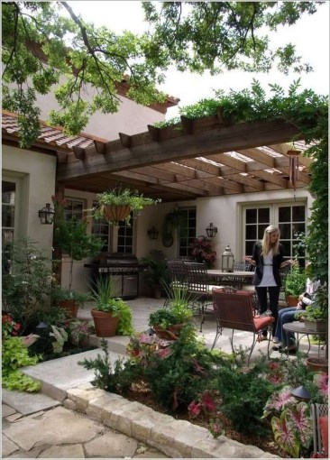 Modern Fresh Backyard Patio Ideas40