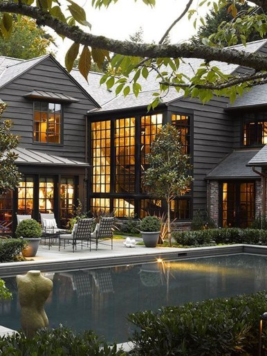 Stunning Farmhouse Home Exterior Ideas34