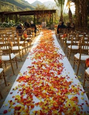 Unique Fall Wedding Decor On A Budget06
