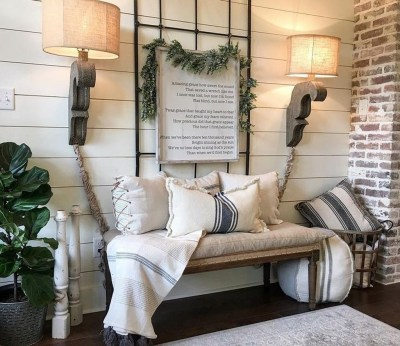 Charming Home Fall Decorating Ideas With Farmhouse Style28