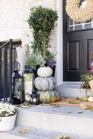 Charming Home Fall Decorating Ideas With Farmhouse Style38
