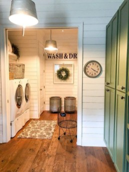 Charming Home Fall Decorating Ideas With Farmhouse Style43