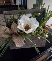 Charming Home Fall Decorating Ideas With Farmhouse Style49