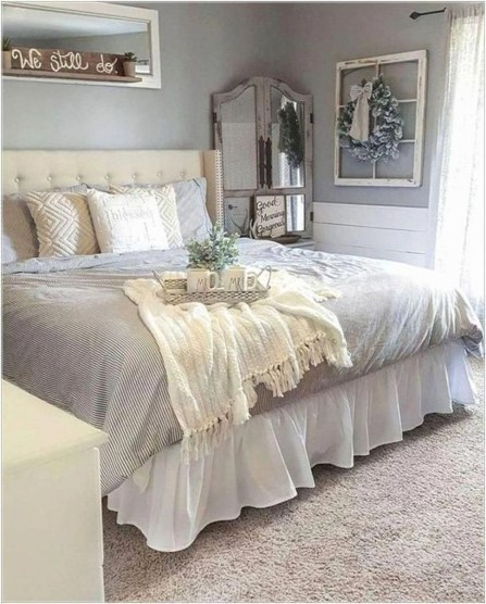 Marvelous Farmhouse Bedroom For Your House Design Ideas08