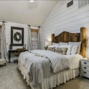 Marvelous Farmhouse Bedroom For Your House Design Ideas09