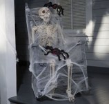 Stylish Wicked Halloween Porch Decorating Ideas On A Budget42