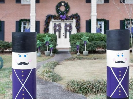 Attractive Front Yard Christmas Decoration Ideas36