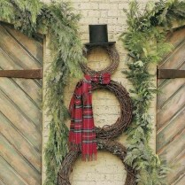 Attractive Front Yard Christmas Decoration Ideas39