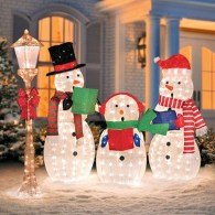 Attractive Front Yard Christmas Decoration Ideas44