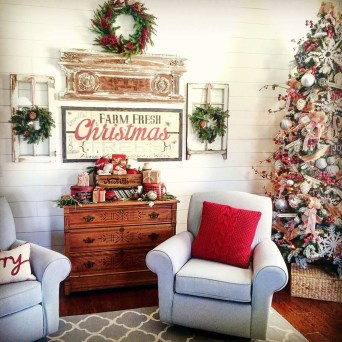 Awesome Vintage Christmas Living Room Decoration Ideas39