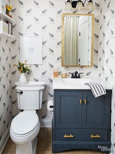 Easy Ideas For Functional Decoration Of Small Bathroom01