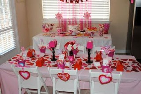 Creative Valentine Table Decoration Ideas04