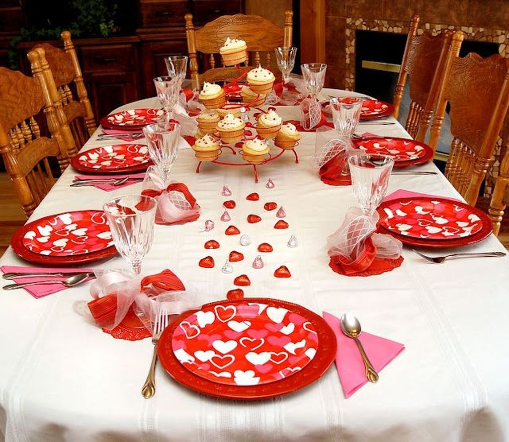 Creative Valentine Table Decoration Ideas22