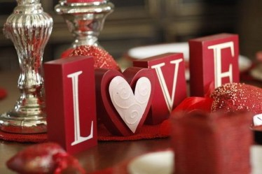 Creative Valentine Table Decoration Ideas29