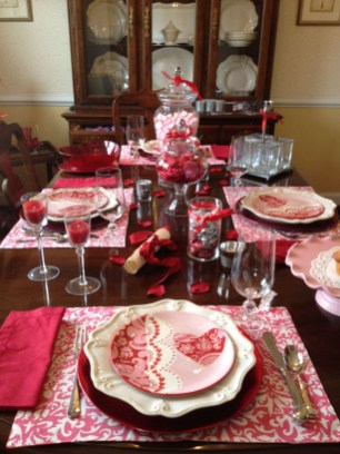 Creative Valentine Table Decoration Ideas34